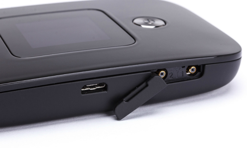 Huawei E5786s-32a Wi-Fi роутер (LTE cat.6) купить в интернет-магазине NeoSim.ru